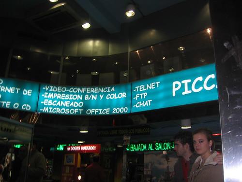 [Madrid sign advertising telnet]